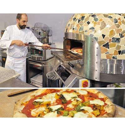 Επαγγελματικός εξοπλισμός εστιατορίων πιτσαρίας - Επαγγελματικοί φούρνοι πίτσας με ξύλα, παρασκευή πίτσας στην έκθεση HORECA